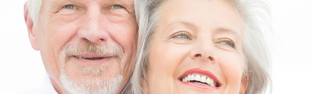 foto coppia sorridente